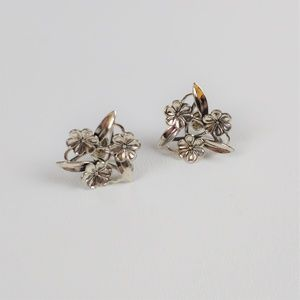 Sterling Silver 925 Beau Flower Screwback Earrings